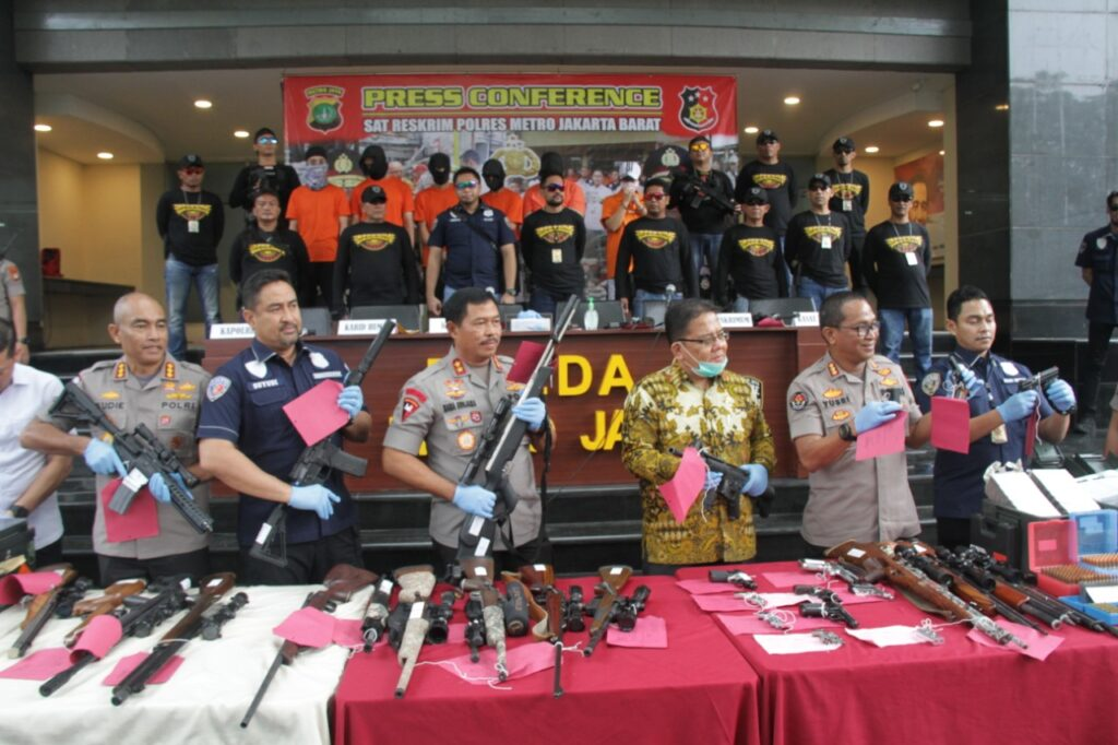 Polda Metro Jaya Berhasil ungkap Kepemilikan 24 Pucuk Senpi Ilegal