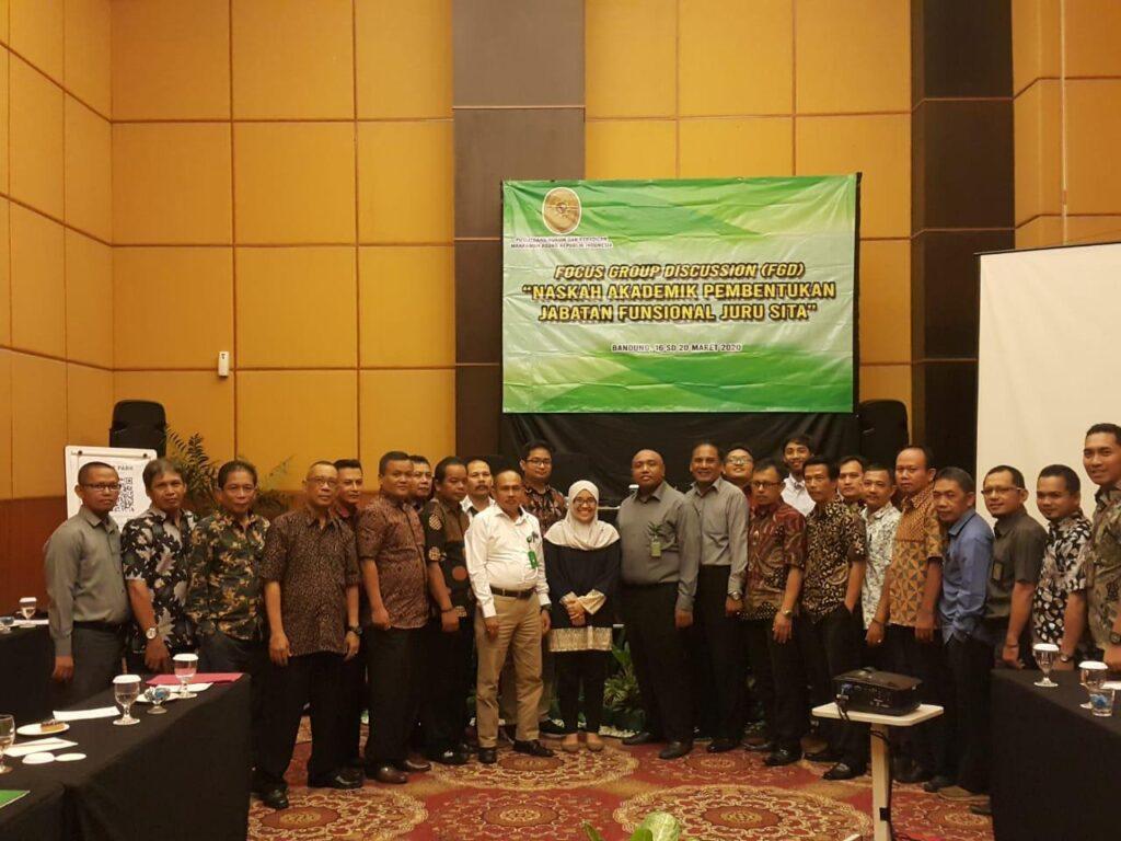Para Juru Sita Pengadilan Jawa Barat Hadiri Diskusi Puslitbang Hukum dan Peradilan MA