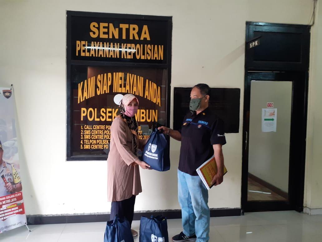 Polsek Tambun Berikan Bansos kepada Yatim dan Dhuafa Yayasan Para Aulia Indonesia