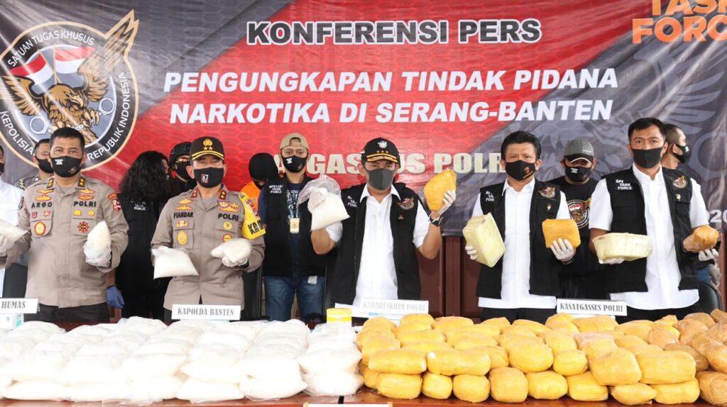 Bareskrim Mabes Polri Ungkap Penangkapan Kasus 821 Kg Narkoba Antar Negara di Kota Serang