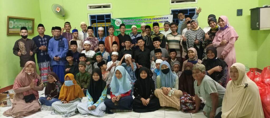 Dalam Rangka Kemerdekaan RI dan Sambut Tahun Baru Islam 1442H, Yayasan Para Aulia Indonesia Berikan Santunan kepada Yatim dan Dhuafa