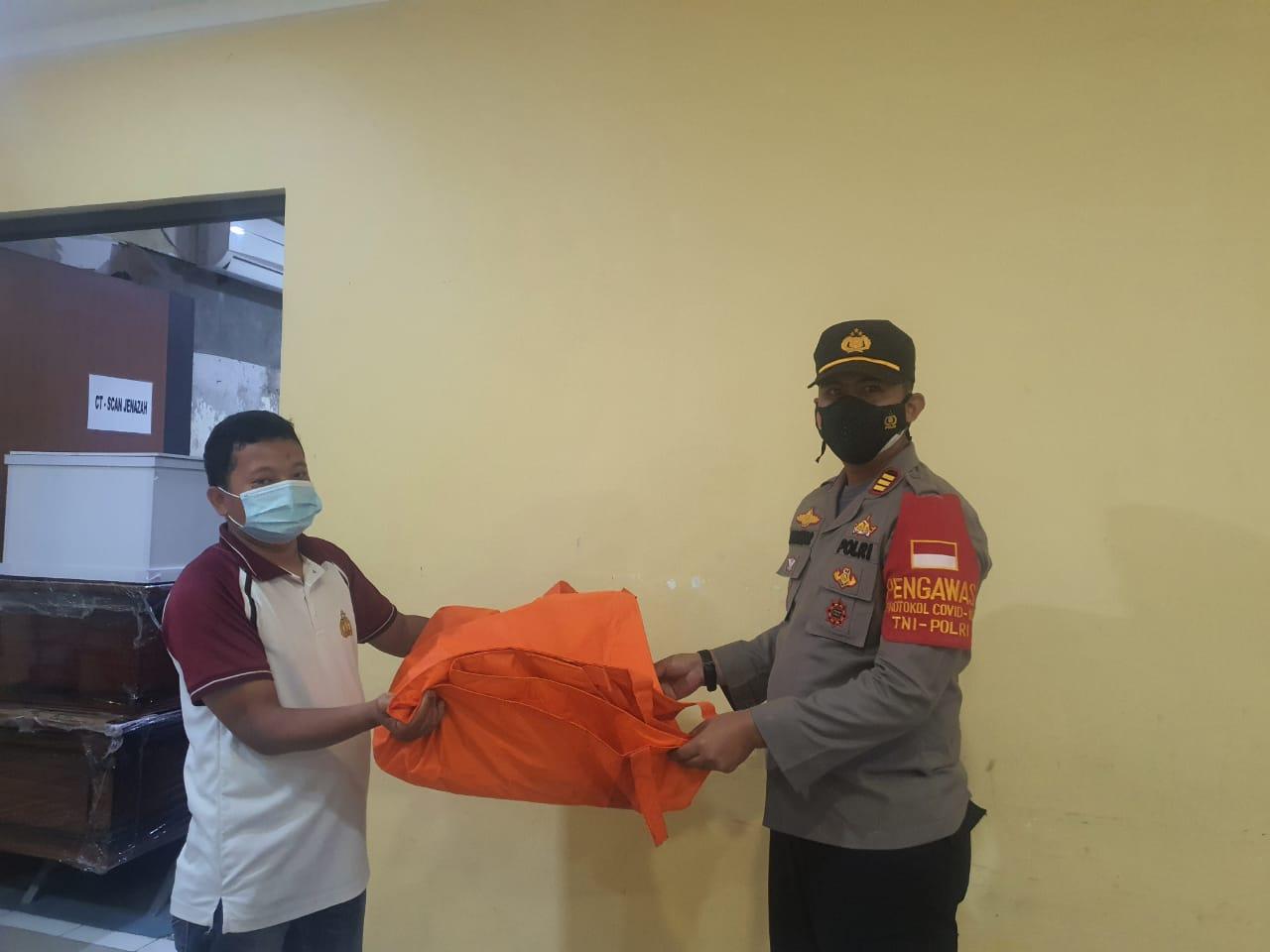 Nelayan Muaragembong Temukan Potongan Tubuh Berupa Telapak Kaki, Diduga Korban Pesawat Sriwijaya
