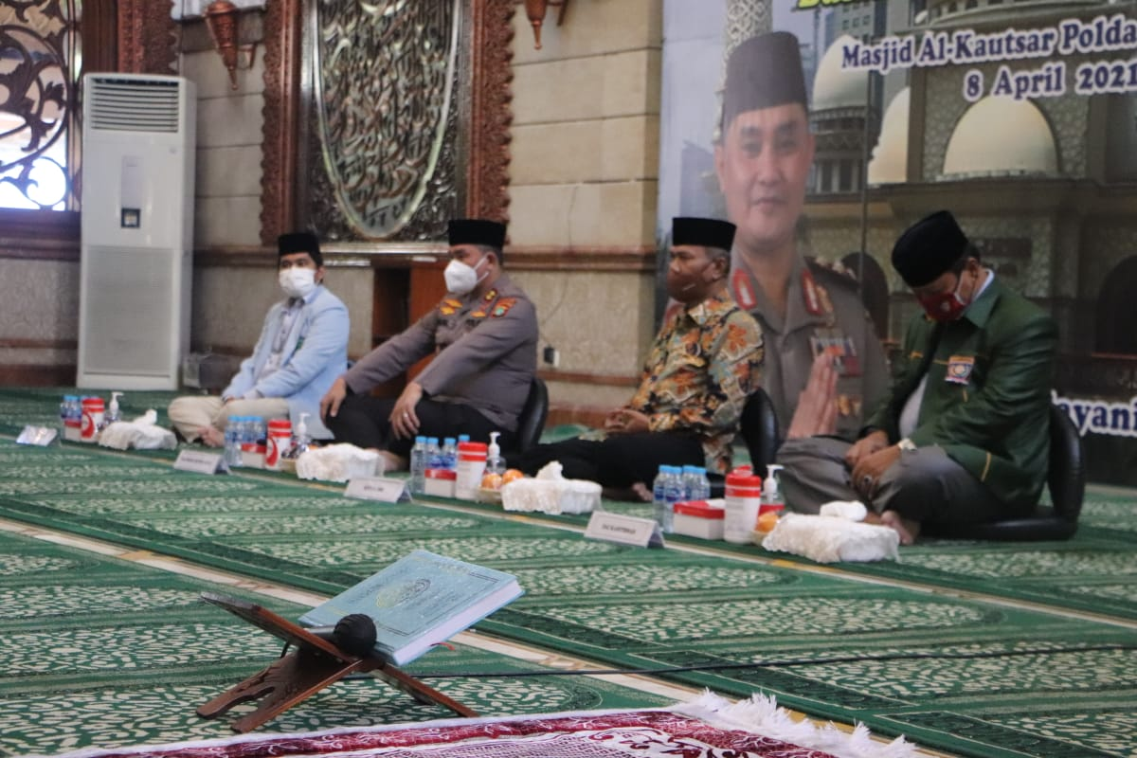 Gerakan Sedekah Ala Kapolda Metro Menyambut Ramadhan