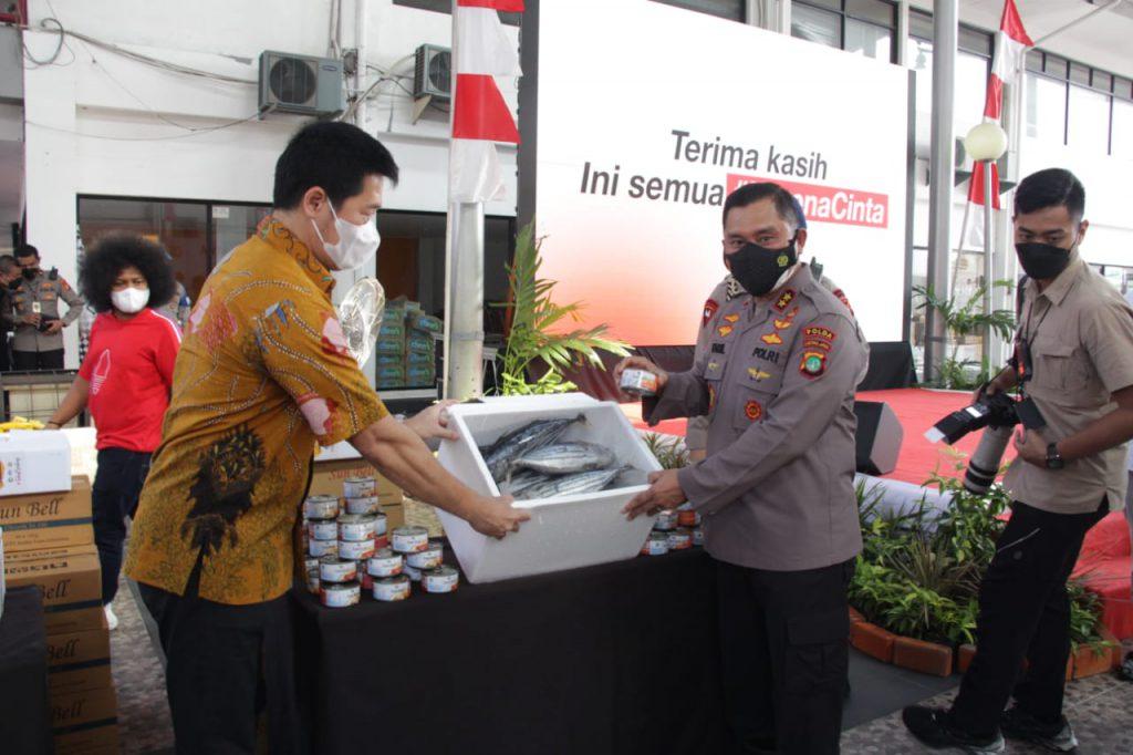 70.000 Ikan Olahan dan 5000 Sembako dibagikan ke Masyarakat Jakarta Berdampak Covid19